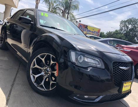 2015 CHRYSLER 300S 4dr Sedan